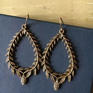 Francesca's Antique Gold Dangle Leaf Earrings